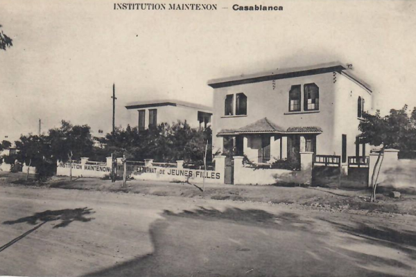 Institution maintenon 2 mars carte postale 1930