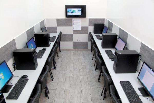 Salle informatique h