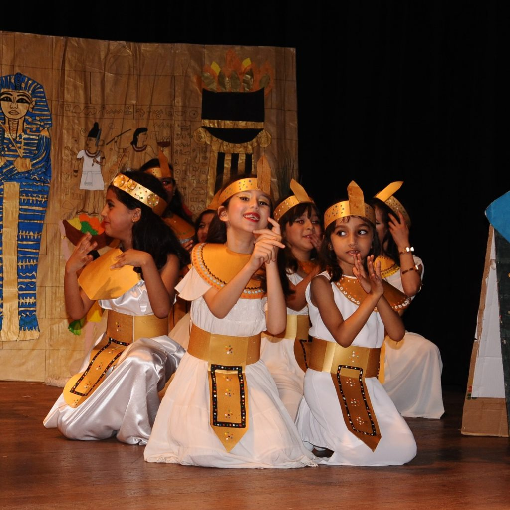 Spectacle egypte home